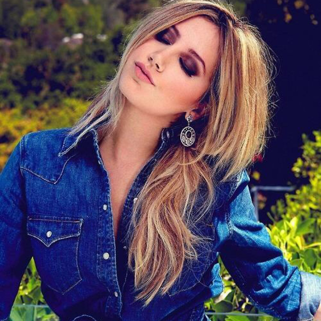 Www Ashly: Catching Up With Ashley Tisdale