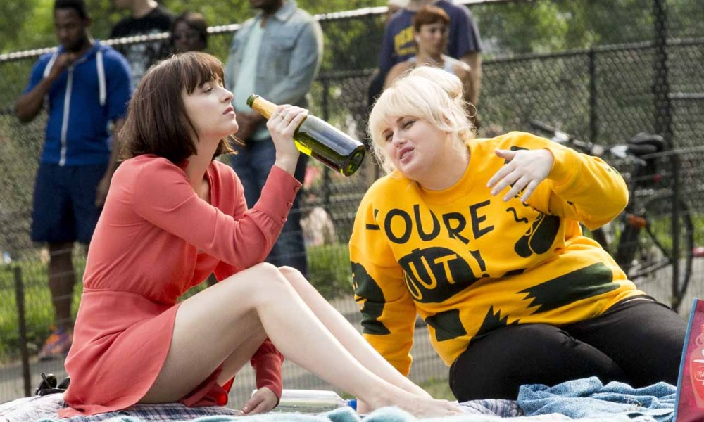 Rebel wilson and dakota johnson star in new trailer for how to be trailer for how to be single ccuart