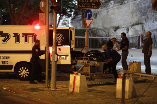 Israeli policewoman 'in critical condition' after simultaneous stabbing attacks in Jerusalem