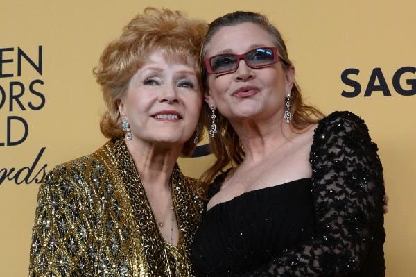 Carrie Fisher's death due to sleep apnea, 'other factors'
