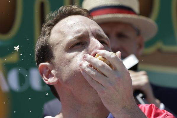 Who are the 2017 Nathan's Hot Dog Eating Contest champs?