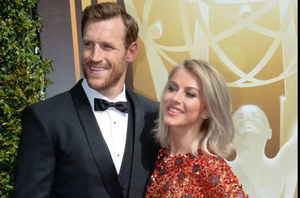 Julianne Hough marries National Hockey League star Brooks Laich in star-studded ceremony