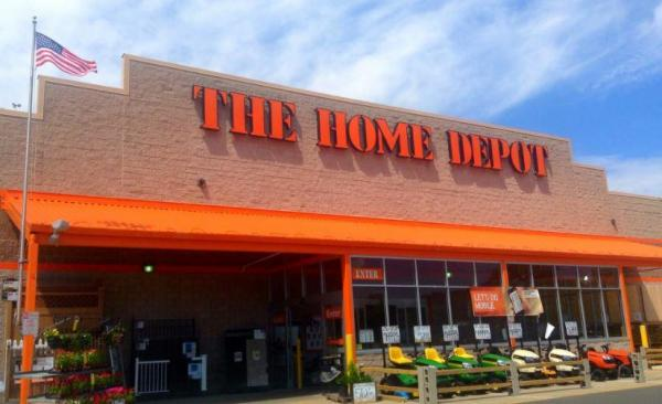 Home Depot reverses firing of Ore. employee who chased after suspected kidnapper