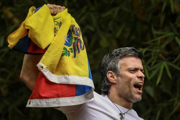 Venezuela Opposition Leader Leopoldo Lopez Gets House Arrest