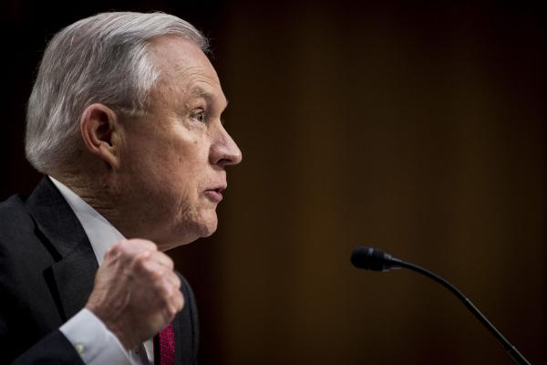 Sessions slams Chicago's lawsuit over 'sanctuary city' threat