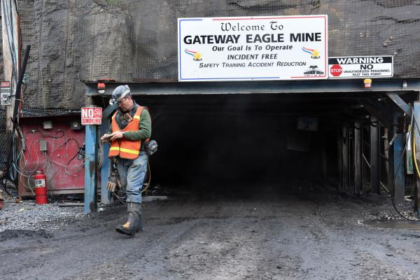 Trump administration halts research on mountaintop coal mining's health effects