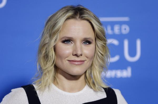Kristen Bell saved Josh Gads parents from Hurricane Irma