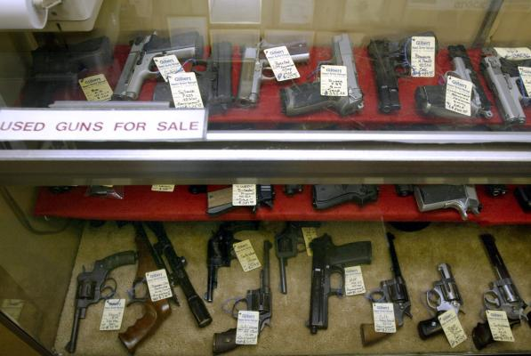 Black Friday set record for most gun background checks in a day