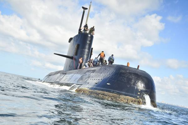 Argentina fires head of its navy over submarine disappearance
