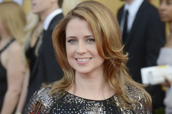 Jenna Fischer Does Kimmel Interview In Bath Towel