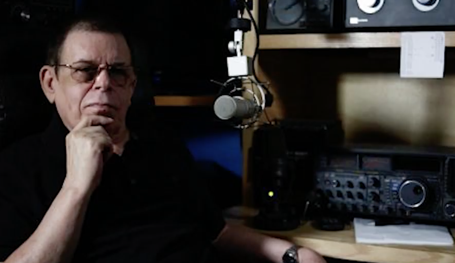 Art Bell (1945 - 2018), paranormal-themed radio show host
