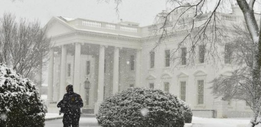 White House Heavy Snow Fall