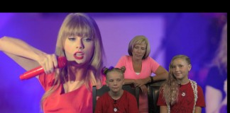 Taylor Swift, Jo, Same and Mom