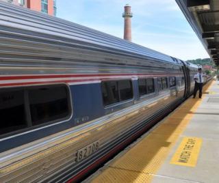 Amtrak Derailment Disrupts Northeast Travel