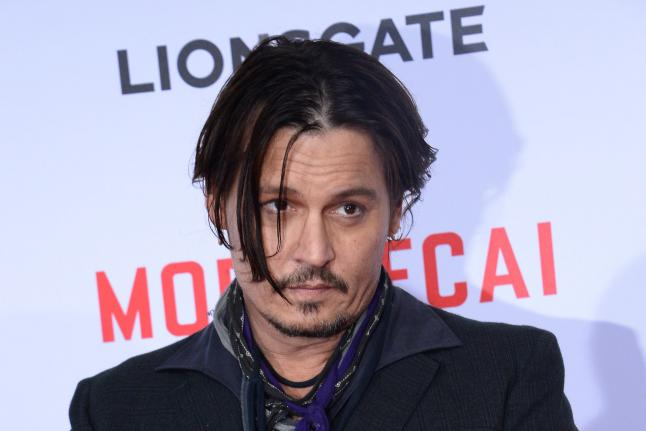 Australia Threatens to Euthanize Johnny Depp's Dogs
