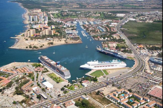 Cruises Continue Puerto Vallarta