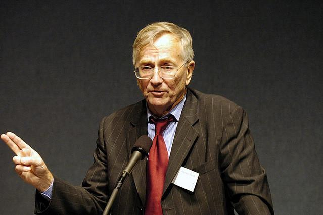 Seymour Hersh released a report accusing the administration of U.S. President Barack Obama of lying about the death of Osama bin Laden. Photo courtesy of Institute for Policy Studies/Flickr
