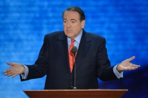Mike-Huckabee-shows-support-for-Josh-Duggar-and-family