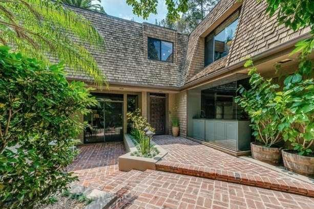 Nicole Richie and husband Joel Madden are selling their family home. Photo by Dilbeck Real Estate