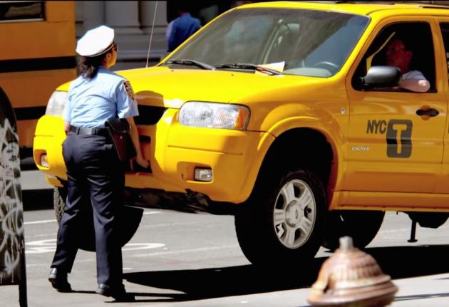 prank video shows meter maid lifting 1 5 yon taxi cab. Black Bedroom Furniture Sets. Home Design Ideas
