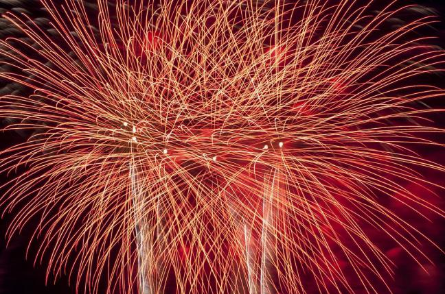 9-injured-when-fireworks-explode-in-crowd (1)