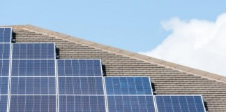 White-House-to-unveil-solar-panel-program-for-poor-areas