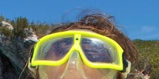 Record holding free diver Natalia Molchanoa