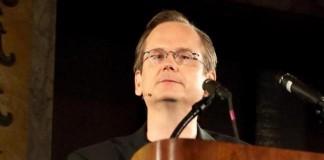 Harvard Professor Larry Lessig