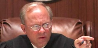Tennessee-judge-cites-gay-marriage-ruling-in-rejecting-divorce