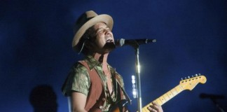 Bruno Mars To Produce New Family Comedy For NBC