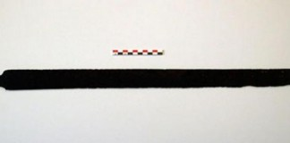 Hiker-finds-1200-year-old-Viking-sword-in-Norway