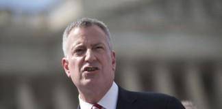New-York-Mayor-de-Blasio-endorses-Clinton