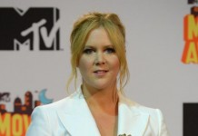 Amy Schumer Apologizes to Fans for 'Short Show'