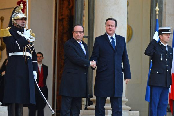 Cameron Urges British Bombing Of Islamic State