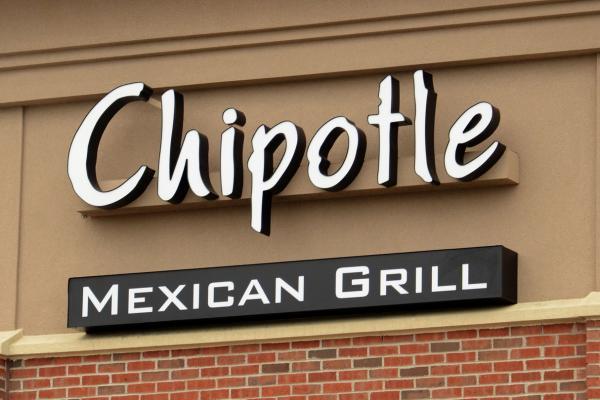 Dozens-of-Chipotle-restaurants-in-Washington-Oregon-closed-in-E-coli-scare