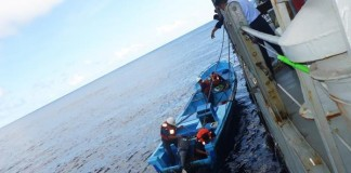 Mexican-navy-rescues-four-fishermen-adrift-at-sea-for-a-month