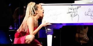 Miley Cyrus Licks Grand Piano for Charity