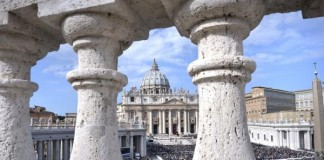 Pair-of-Vatican-advisers-arrested-for-allegedly-leaking-sensitive-church-documents