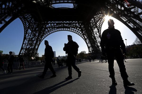 Paris Attack Mastermind Suspect Escaped Past Syrian Airstrikes