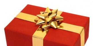 """Facebook """"Secret Sister Gift Exchange"""" Is A Scam"""