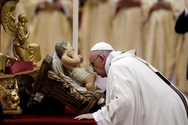 Pope Francis: Christmas the Time to 'Once More Rediscover Who We ...