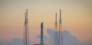 SpaceX Makes History, Lands Reusable Rocket