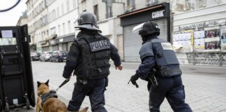 Paris Police Kill Knife Attacker