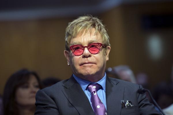 Elton John Slams Janet Jackson