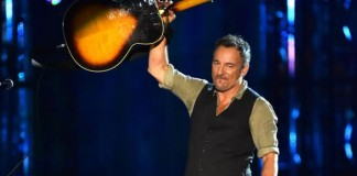 Bruce Springsteen Writes Tardy Note