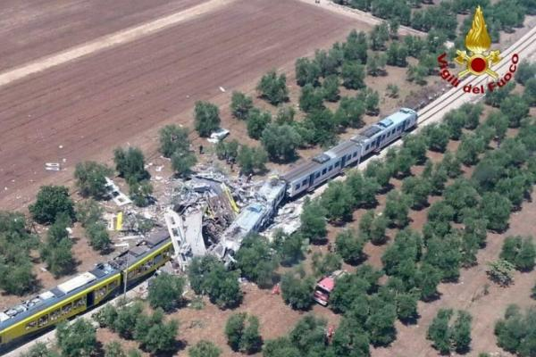 Pope Grieves Over Train Crash in Southern Italy That Killed 23