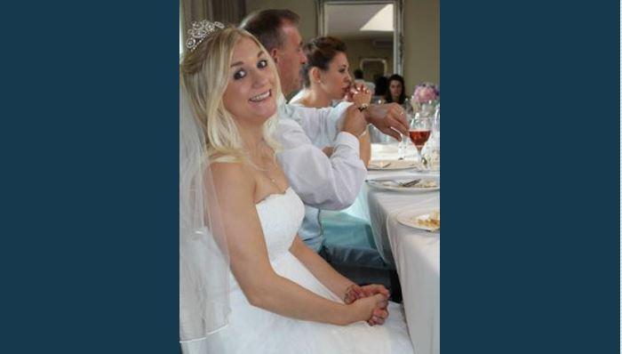 Woman Selling Wedding Dress on eBay Throws Shade at Cheating Husband