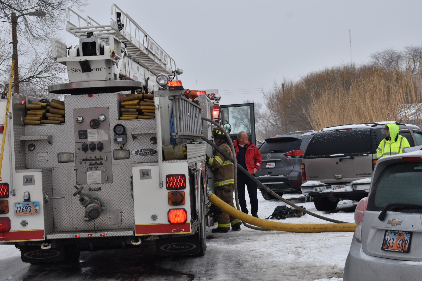 west valley fire crews battle blaze in mother in law apartment