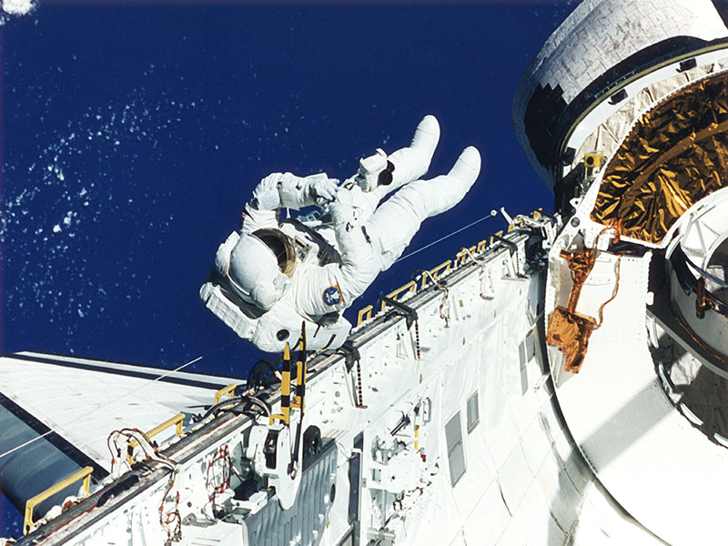 hazards of being an astronaut - photo #13