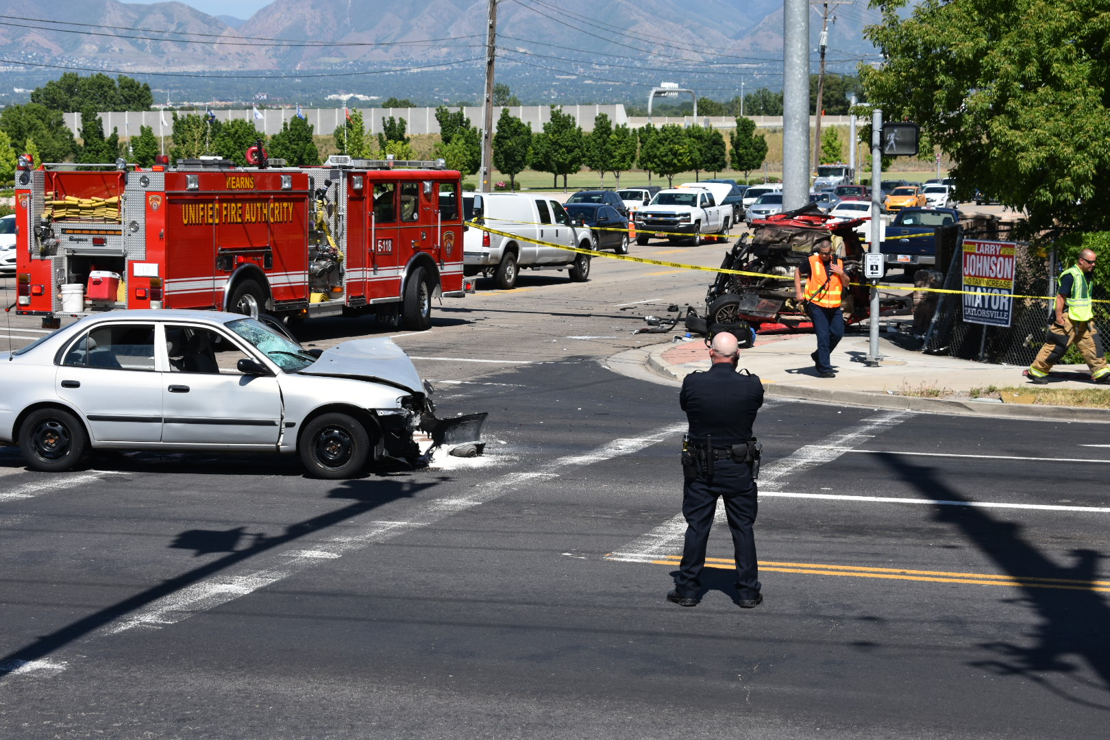 One dead after auto strikes pole in Taylorsville
